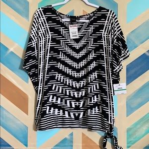 NWT black and white top